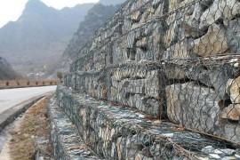 边坡防护用石笼网可以防止山体滑坡