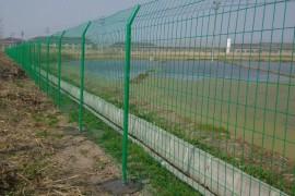 水源地/水库/湖泊/坑塘治理用防护网-焊接围网和勾花围网
